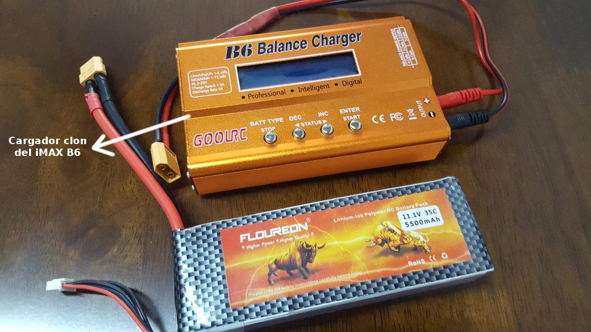 bateria del drone y cargador